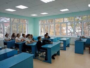 обучающиеся 8 и 9 классов приняли участие  в работе круглого стола XXV Международного фестиваля «Кино детям»